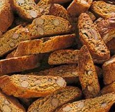 La ricetta dei quaresimali, biscotti tipici della pasticceria siciliana a base di farina di mandorle, cannella, limone preparati per il periodo quaresimale.