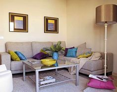 CHOOSING THE RIGHT SOFA FOR THE LIVING ROOM
