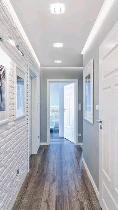 Flur Design, Plafond Design, Interior Walls, Home Interior Design, Grey Interior Paint, Brick Interior, Interior Livingroom, Hallway Decorating, Interior Decorating