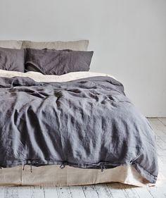 Charcoal Linen Duvet Set. | http://www.huntingforgeorge.com