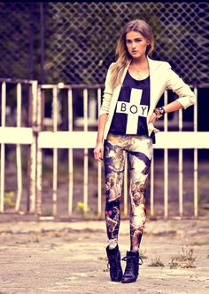 Printed jeggings #space *meandmadre*