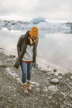 winter outfits cold Travel Guide: Road Trip Throug - winteroutfits Winter Outfits Women, Fall Outfits, Outfit Winter, Camping Outfits For Women, Fall Hiking Outfit, Womens Hiking Outfits, Winter Layering Outfits, Winter Boots Outfits, Mode Plein Air