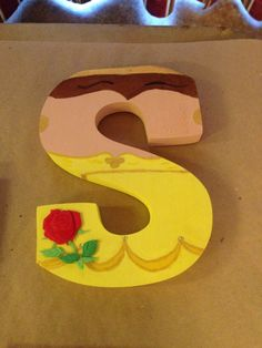 """Princess Belle from Beauty and the Beast """"S"""" Disney letter art. Customize your character and letter when you order on etsy! Beauty And The Beast Bedroom, Beauty And The Beast Party, Disney Princess Party, Princess Belle, Disney Diy, Disney Crafts, Disney Belle, Painted Letters, Wood Letters"""