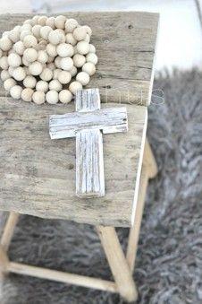 Basichus Sweden NIEUW : Ketting houten bol met kruis