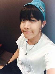 BTS Tweet - J-hope (selca) 150806 -- 다녀 올께요 ~  -- tran:I'll go and come back ~  --- Trans cr; Mary @ bts-trans