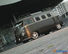 The Volkswagen Type 2 or the Transporter, Kombi, Microbus or Camper was first introduced in 1950 by the German car manufacturer Volkswagen as it's car model with the Type 1 being the Beetle. Vw T1 Camper, Volkswagen Transporter, Volkswagen Bus, Campers, Combi T1, Kombi Home, Air Ride, Dream Cars, Street Rods