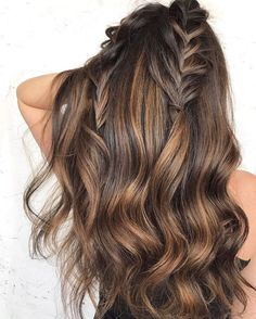 ✨ Double Fusion Browns with T3 Micro Whirl Trio Chocolate Brown Hair Color, Brown Hair Colors, Chocolate Brown Hair With Highlights, Pretty Brown Hair, Chocolate Chocolate, Hot Hair Colors, Brunette Hair Chocolate Caramel Balayage, Natural Hair Color Brown, Redish Brown Hair