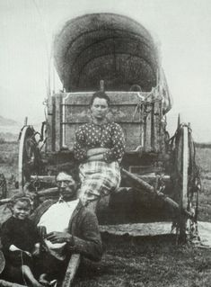 Oregon Trail Pioneers | pioneer family from the denver public library western history ...