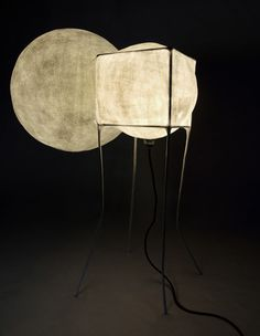 Papier Mâché lamp / Sputnik by Pepe Heykoop Paper Light, Light Art, Lamp Design, Lighting Design, Lighting Ideas, My Furniture, Modern Furniture, Lantern Designs, Conceptual Design