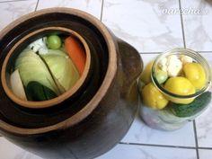 Kvasená zelenina podľa starého bulharského receptu (fotorecept) - recept | Varecha.sk Ale, Red Peppers, Ale Beer, Ales, Beer