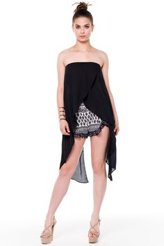 (alf) Long pointed sides strapless black top