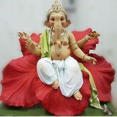 Shri Ganesh Images, Ganesh Chaturthi Images, Shiva Parvati Images, Ganesha Pictures, Ganesh Idol, Ganesha Art, Ganesh Lord, Lord Vishnu, Ganesh Bhagwan