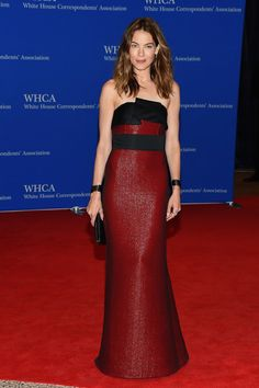 The actress chose a striking burgundy-and-black strapless gown.                   Source: Getty / Michael Loccisano