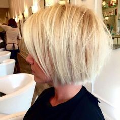 18 Popular Blunt Bob Hairstyles for Short Hair - Short Bob Haircuts 2019 18 Popular Blunt Bob Hairstyles for Short Hair - Short Blunt Bob Cuts Blunt Bob Hairstyles, Blonde Haircuts, Short Bob Haircuts, 2015 Hairstyles, Haircut Bob, Haircut Style, Layered Hairstyles, Short Blunt Haircut, Short Shaggy Bob