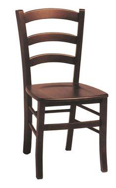 Sedia rustica in legno massello di pino di Svezia, proposto in finitura noce. www.arredamentirustici.it