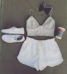 Follow me on instagram (@elizababe98) for more summer outfit ideas! This is one of my favourites by far. From Aritzia #tumblr #aritzia #summeroutfit #vans #tumblroutfit