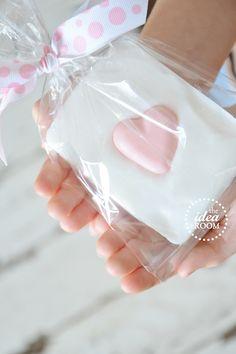 Handmade Soap Recipes | theidearoom.net