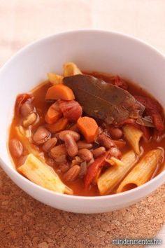 Toszkán babos egytálétel (vegán, gluténmentes) - Nóra mindenmentes konyhája Vegan Soup, Vegetarian, Vegan Recepies, Gm Diet, Vegan Foods, Pot Roast, Curry, Food And Drink, Veggies