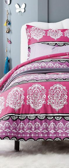 Mariah bohemian style duvet cover for kids in shades of lavender and pink.