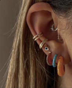 Cute Jewelry, Ear Jewelry, Jewellery, Jewelry Accessories, Pretty Ear Piercings, Ear Peircings, Jewels, Cute Earrings, Hoop Earrings