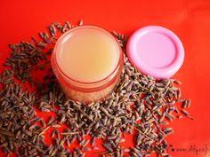 levandulový pleťový krém DIY Aloe Vera, How To Dry Basil, Dog Food Recipes, Candle Holders, Herbs, Cosmetics, Homemade, Health, Blog