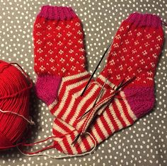 Marimekko inspired socks almost ready. How do you like them? I ❤️ them already. ☺️