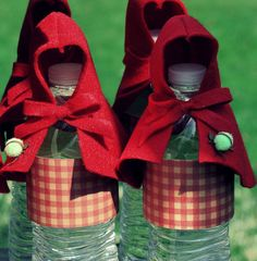 Crafty Felt Red Riding Hood Beverages {Little Red Riding Hood Party}