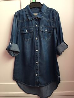 We LOVE denim 😍😍😍 Find this and more on Shpock! Denim Button Up, Button Up Shirts, Stuff To Buy, Beautiful, Tops, Fashion, Moda, Fashion Styles, Chemises