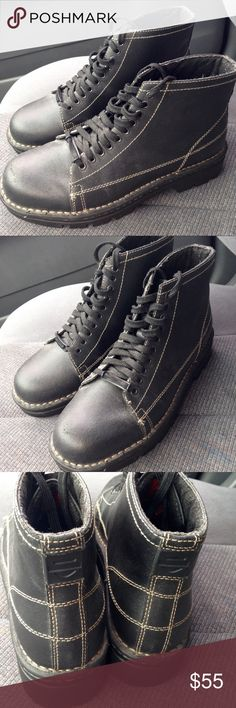 Harley Davidson Leather Biker Boots! Excellent condition. Great tread. Great style! Riding ready. Harley-Davidson Shoes Lace Up Boots