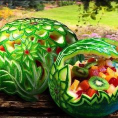 http://zoxszlatan.blogspot.com/ summer fruits, fruit bowls, fruit salads, watermelon art, watermelon carving, summer salads, fruit art, food art, parti