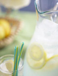 To make lemonade from lemon juice concentrate, add sweetener, water, fresh lemon juice, fresh thyme and slices of lemons to the concentrate. Lemonade With Lemon Juice, Fresh Squeezed Lemonade, Kombucha, Grilled Fruit, Homemade Lemonade, Juice Concentrate, Tips & Tricks, Fermented Foods, Refreshing Drinks