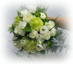 Elegant but wild white and green look