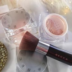 No filters needed! Experience the #BECCABeautyBlur when you set your makeup with our Soft Light Blurring Powder. Thanks @kerrycole15 for this stunning shot.