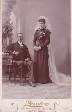 Want a huge painting. Think big Victorian chairs, dogs, and tons of flowers. Vintage Wedding Photos, Vintage Pictures, Wedding Pictures, Vintage Weddings, Black Wedding Gowns, Victorian Photography, Black Bride, Beauty Photos, Vintage Photographs