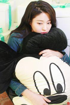 Seolhyun Seolhyun, Kpop Girl Groups, Kpop Girls, Korean Beauty, Asian Beauty, Kim Seol Hyun, Lee Sung Kyung, Cute Korean Girl, We Fall In Love