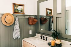Bathroom Renos, Master Bathroom, Bathroom Ideas, Bathroom Beadboard, Downstairs Bathroom, Remodel Bathroom, Bathroom Inspo, Bathroom Vanities, Bathroom Inspiration