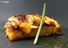 Pulpo sobre torrija de parara en ajada y gratinado suave de alioli - #Restaurante #Cesar #Anca #Alacant3D colaborador oficial de: #TAPEATE. Desarrollando el #mapa para la #Geolocalización de los establecimientos participantes en el primer #concurso de #tapas de #Alicante. Elije tu tapa favorita y a disfrutar. Visita: maps.google.com/... #bar, #restaurante, #bodeba, #tapaporte, #taberna, #cerveceria, #pintxo, #ruta, #rutatapas, #club, #tapatour, #smartphone