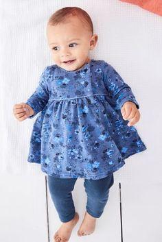 Синее платье с цветочным узором и леггинсы (0 мес. - 2 лет)