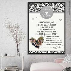 W pełni personalizowany plakat na rocznicę ślubu.    #walentynki #love #wedding #rocznica #valentinesday #anniversary #memorabli #handmade #plakaty #poster #nasciane #dekoracjapokoju #maż #żona #certyfikat Letter Board, Lettering, Diy, Bricolage, Letters, Texting, Do It Yourself, Fai Da Te, Diys