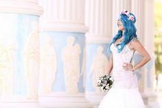 Flower crown bride blue hair
