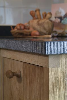 Belgian bluestone kitchen worktop countertop - De Zeug - Keukens