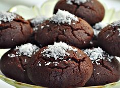 Browni Cookies – Hayat Cafe Easy Recipes – Famous Last Words Yummy Cookies, Cupcake Cookies, My Recipes, Cookie Recipes, Herb Bread, Homemade Desserts, Cheesecake, Bakery, Easy Meals