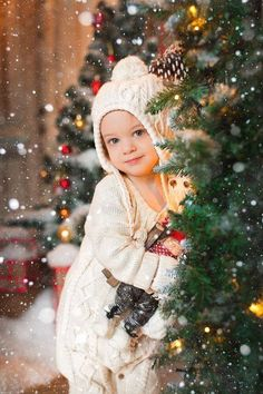 17 Adorable Baby Urlaub Foto Shooting Ideen Süß Und Nett 17 Adorable Baby Vacation Photo Shoot Ideas Sweet And Nice … Christmas Baby, Christmas Mini Sessions, Christmas Minis, Winter Christmas, Christmas Vacation, Merry Christmas, Christmas Trees, Toddler Christmas Pictures, Xmas Photos