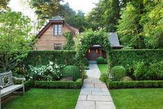 Landscape Hedge Ideas Every Gardener Needs to See