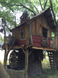1000 images about Custom Tree Houses on Pinterest