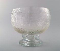 Iittala, Timo Sarpaneva, large glass bowl.