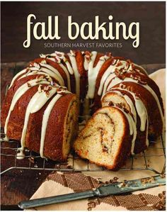 From golden and bubbly pies, cobblers, and crisps to decadent cakes that are drizzled, frosted, and glazed with fall flavor, these seasonal favorites are the perfect way to showcase the splendor of th