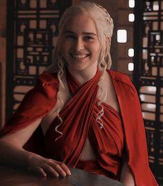 Clarke Game Of Thrones, Hbo Game Of Thrones, Emilia Clarke Daenerys Targaryen, Emilia Clarke Hot, Kellin Quinn, Theo James, Khaleesi, Queen Mary, Thomas Brodie Sangster