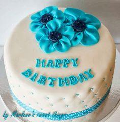 Marlene's sweet things: Ruffle flower cake