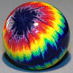 Rainbow-Murrini-Eyeball-Tie-Dye-contemporary-marble-by-Carl-Fisher-Marbles